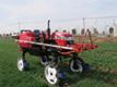 徽拖3WPZ-700自走式喷杆喷雾机.jpg