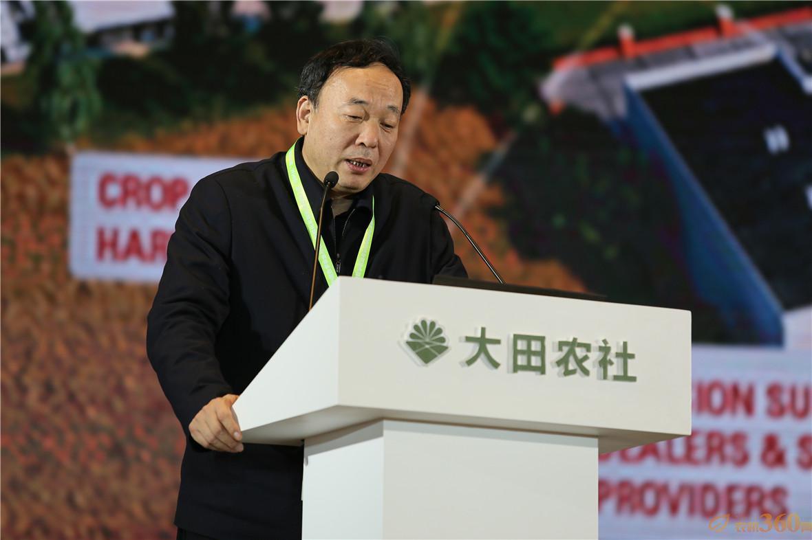 """针对""""农机化与信息化融合发展""""的论题,中国工程院院士赵春江表示,当前农业进入了数字化时代,数字革命已经悄悄到来,农业4.0技术方兴未艾,欧洲已经形成了大田作物信息化精准管理模型。"""