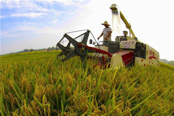 江西省印发修订后的《江西省2015-2017年农业机械购置补贴实施方案》的通知