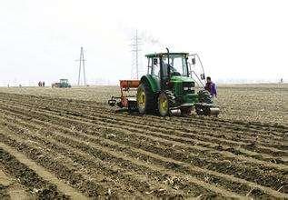 甘肃省农业机械管理局关于贯彻落实加快农机购置补贴政策实施促进农业供给侧结构性改革精神的通知
