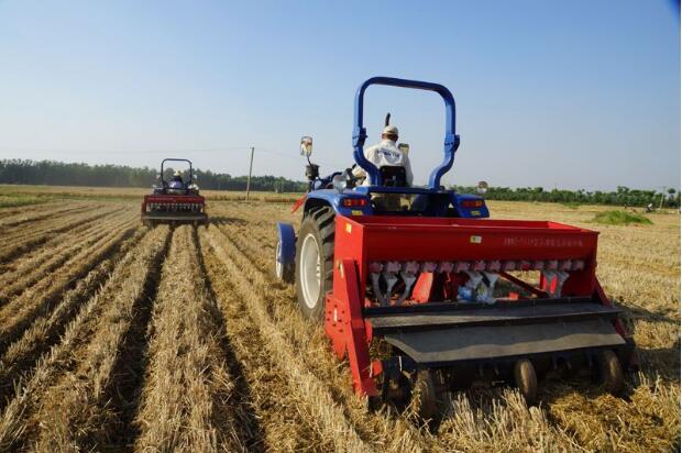 农机合作社健步迈向新时代