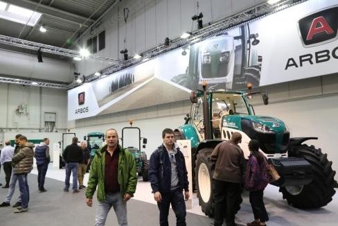 连续三年登陆全球农机展 雷沃重工带来了什么