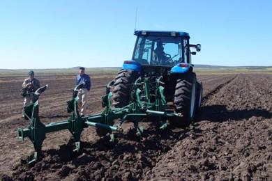 内蒙古关于印发2018年农机深松整地作业工作方案的通知