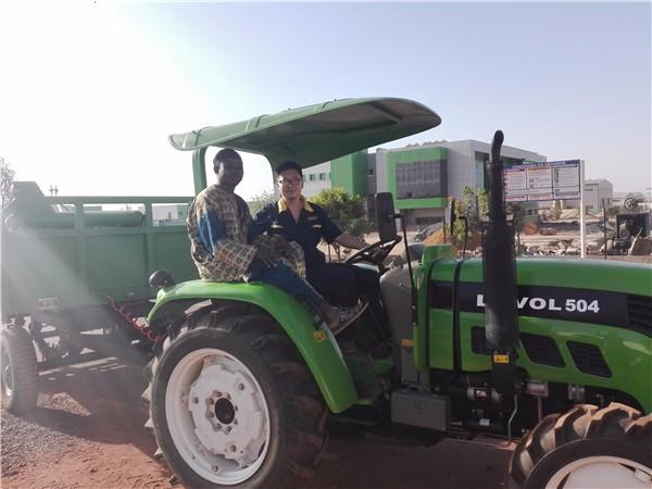 雷沃拖拉机保姆式服务助力西非区域农业现代化建设