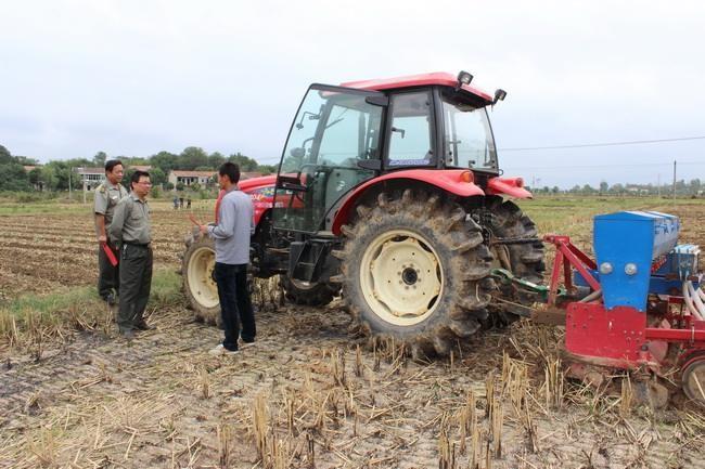 河南省印发《秋冬季农机安全生产检查整治工作方案》的通知