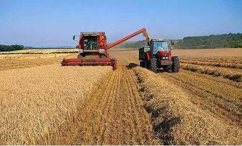 """关于""""农机购置补贴境外延伸试点""""的遐想.png"""