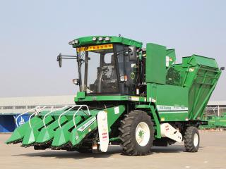 五征4YZP-4XHA自走式玉米收获机