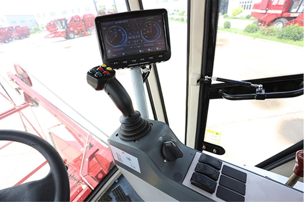 采用多功能操纵手柄实现一杆操纵,灵活方便;手柄通过进口电磁阀控制全液压系统工作,更灵敏,更可靠。.png