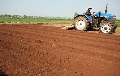 第一份农村土地承包合同拉开了农村改革序幕