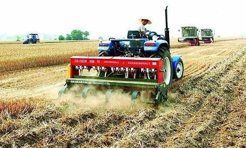 胡刚:推动农机社会化服务促进农业高质量发展