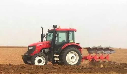韩鲁佳:必须切实加强农机人才队伍建设