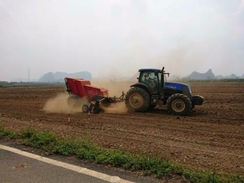 努力开创农机试验鉴定工作新局面