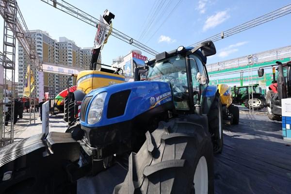凯斯及纽荷兰农机产品亮相多个春季主要展会