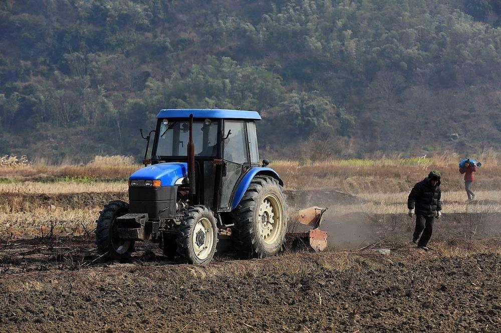 内蒙古将对80马力上轮拖、青饲料收获机质量进行调查