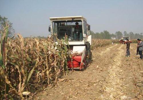 山西:今年将扶持2.6万户农民购置3.2万台(件)农机具