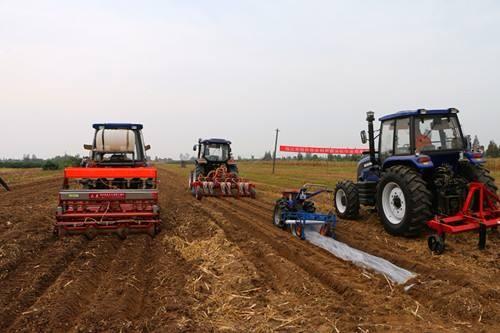 农机市场阶段性调整 企业以两大策略促增长