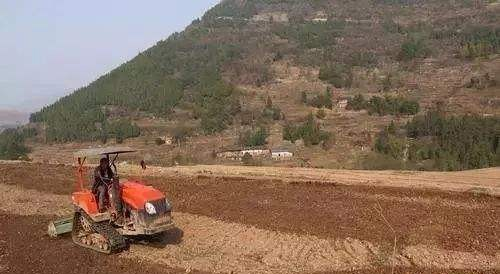 农业农村部:推进丘陵山区农业机械化提挡加速