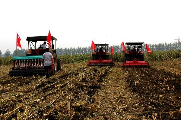 补助1.814亿元,25元/亩!吉林省下拨农机深松整地补助资金