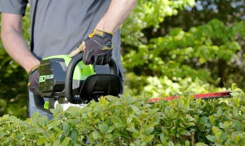 重庆市取消芜湖泰迪农业机械有限公司3CXP-1000A型多功能双人茶树修剪机的补贴资格