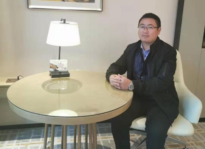 专访乐星农业装备首席培训师-李飞龙