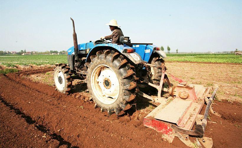 甘肃省将重新核定90马力以上档位轮式拖拉机补贴额