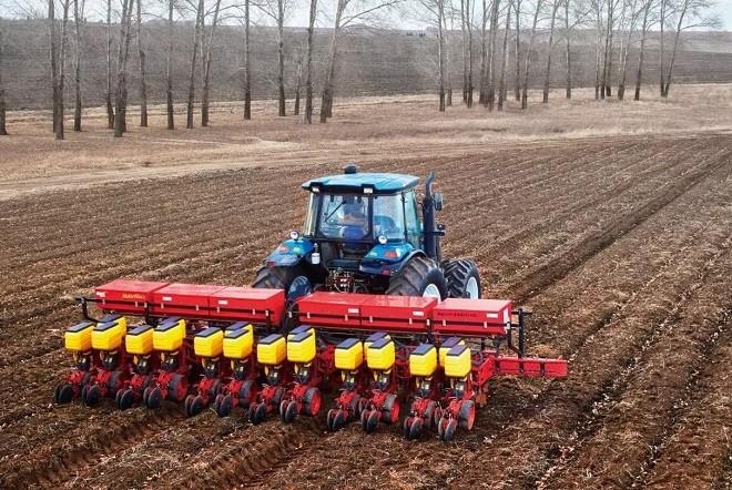 品质、专业、高效——雷沃阿波斯精量播种机伴您春播无忧