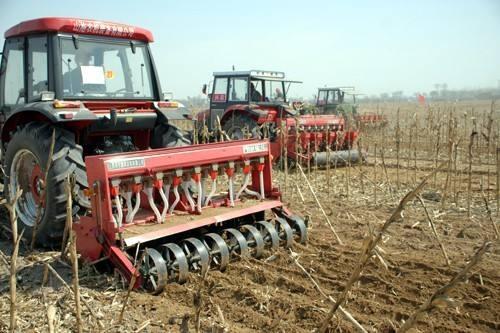 提高配套机具购置和作业补贴标准!吉林省加大保护性耕作补贴政策力度