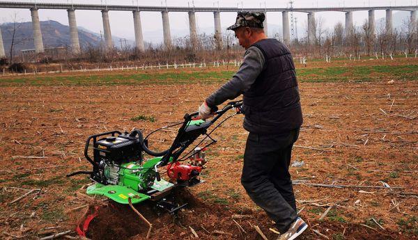 灵宝市农机局:春耕服务到川口