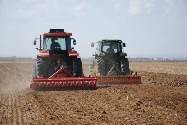 春耕備耕 新疆各級農機系統在行動