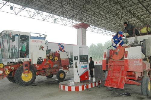 """最高优惠7%!湖北省农机作业用油""""三优一免"""""""