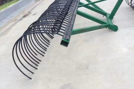 厂家直销割草机,耙齿,搂地膜耙子等