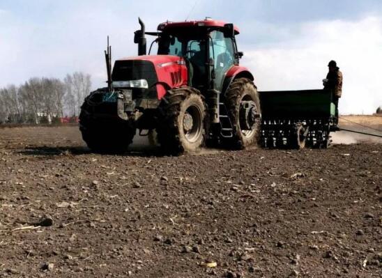 黑龙江春耕生产有序进行 落实粮食播种面积2.155亿亩