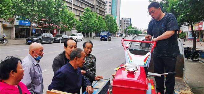 灵宝市农机局:农机推广助力大蒜机械收获