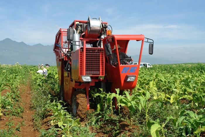 河南省发布《自走式烟叶采收机专项鉴定大纲》和《自走式烟叶植保打顶机专项鉴定大纲》