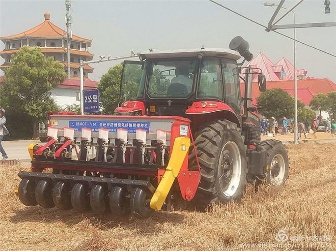 灵宝市农机局:三夏生产优惠政策多