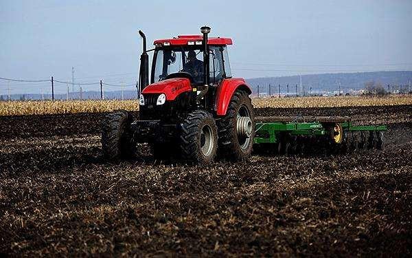 全国土地日:让每一寸耕地都成为丰收的沃土