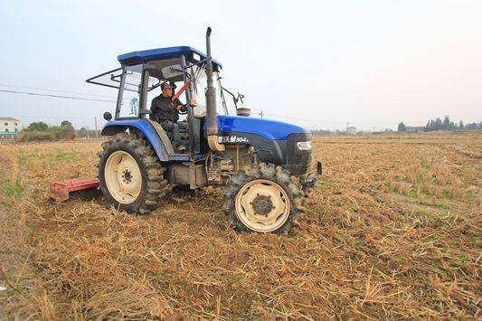 江西省关于在农机购置补贴辅助管理系统预录补贴资金的通知