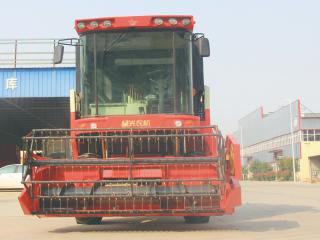 星光农机4LZ-10自走轮式谷物联合收割机