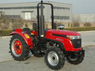 五征NA604轮式拖拉机