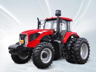 东方红LX2404-D 型轮式拖拉机